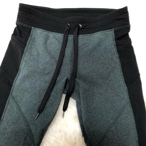 Calvin Klein Pants - CK green/black active capri tights